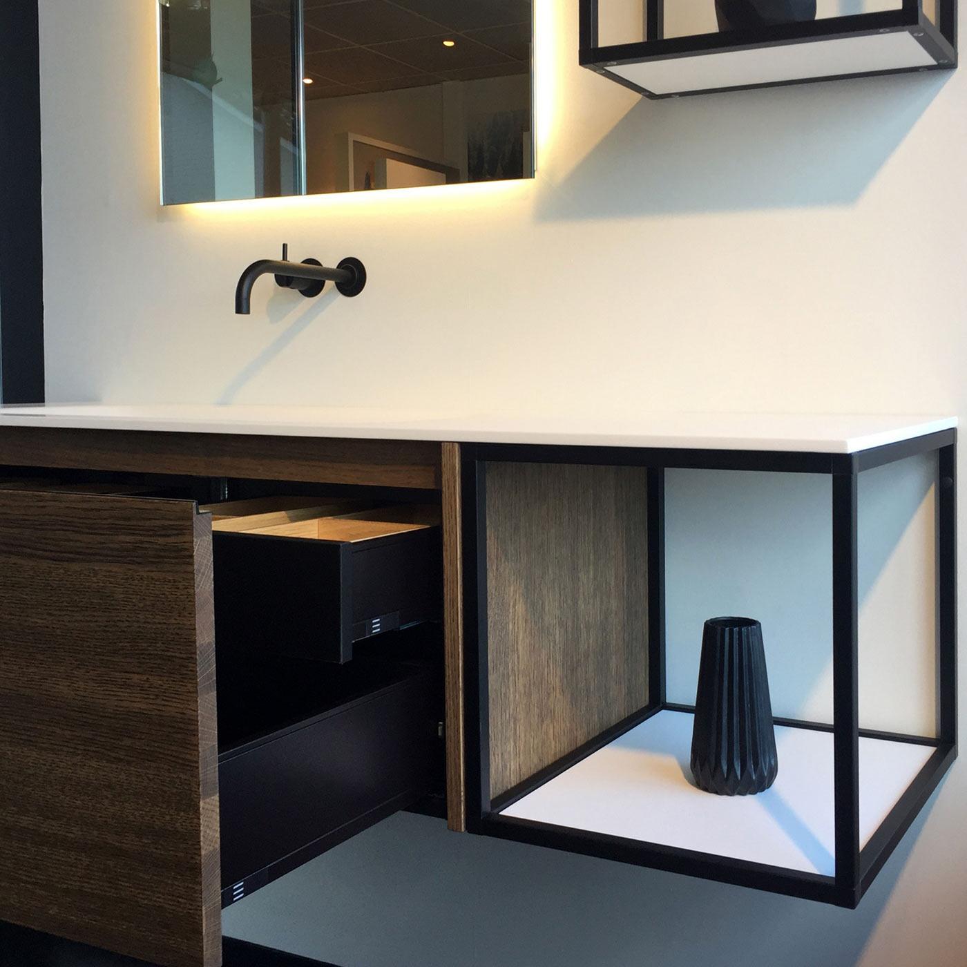 keukens-stroo-elise-badkamermeubel-strak-design
